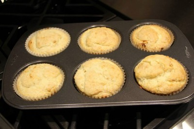 lemon cheesy muffins